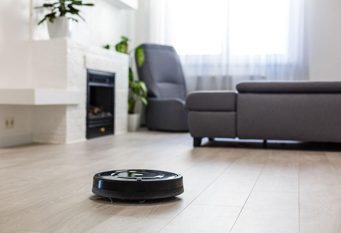 Optimizing cleaning efficiency of robotic vacuum cleaner
